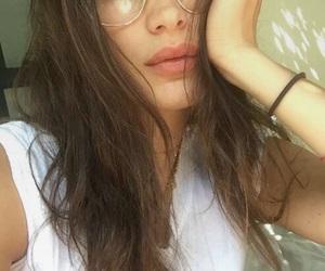 model, bella hadid, and snapchat image