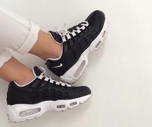 air, black, and Blanc image