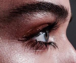amazing, eyebrows, and eyeshadow image