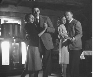 1940 and swing dancers image