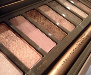 urbandecay and naked2 image