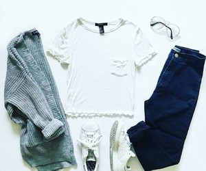 jeans, sweter, and buty image
