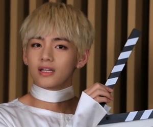 bts, taehyung, and v image