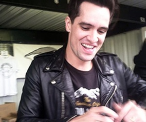 brendon urie and icon image
