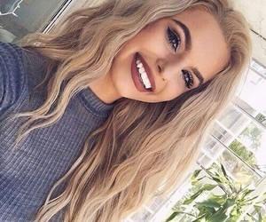 beautiful, woah, and blonde image