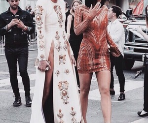 kendall jenner, kylie jenner, and fashion image