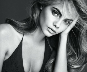 model, cara delevingne, and black and white image