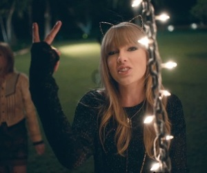 Taylor Swift, 22, and louis tomlinson image