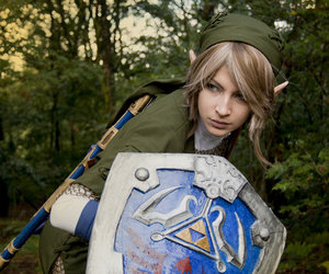 link and cosplay image