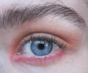 grunge, pale, and eye image
