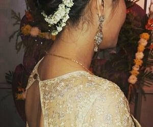 hairdos, wedding, and hairbun image