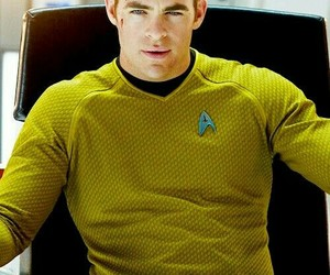 star trek and chris pine image
