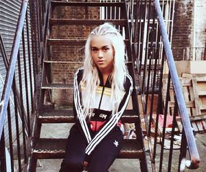 lottie tomlinson, fashion, and one direction image