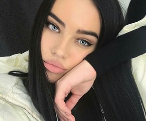 beauty, clothes, and eyebrows image