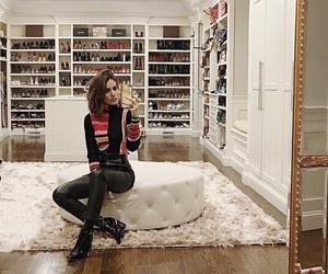 closet and camila coelho image