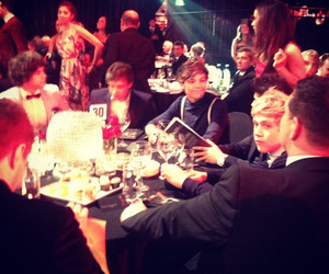 one direction and logies 2012 image