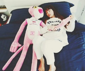 heart it, new boyfriend, and pink panther image