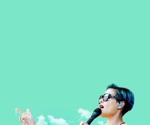 background, wallpaper, and halsey image
