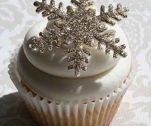 christmas, cupcake, and snowflake image