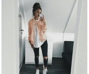 alternative, tumblr, and messy bun image