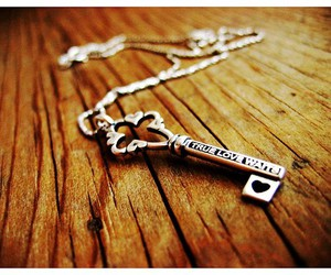 key, necklace, and true love waits image