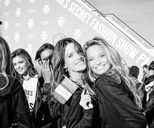 alessandra ambrosio, angels, and friends image
