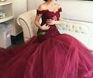 dress, prom dress, and burgundy prom dresses image