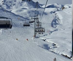 fun, snow, and snowboard image