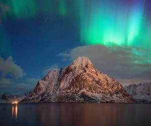 amazing, aurora borealis, and mountain image
