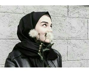 hijab, محجبات, and ﺭﻣﺰﻳﺎﺕ image