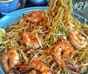 food, shrimp, and noodles image