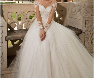 wedding dress and couture gowns image