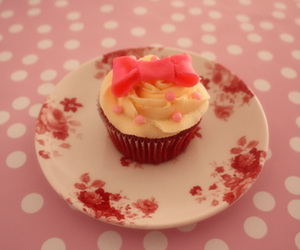 bow, vintage, and cupcake image