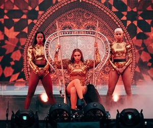 Queen, yonce, and beyoncé image