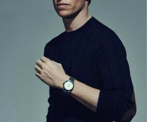eddie redmayne and handsome image