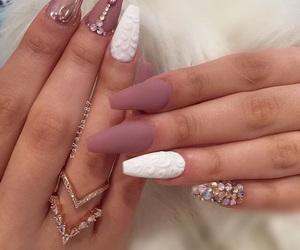 nail art, nails, and white nails image