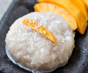 dessert, mango, and sticky rice image