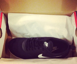 nike, lovethese, and happiness image