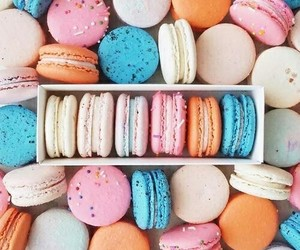 food, ‎macarons, and aesthetic image