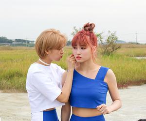 momo, twice, and jeongyeon image