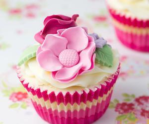 cupcake, flowers, and dessert image