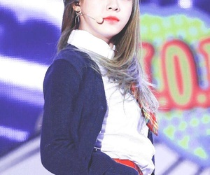 ioi, sejeong, and kim sejeong image