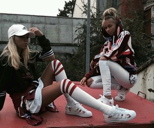twins, lena, and lisaandlena image