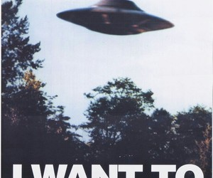 alien, ufo, and leave image