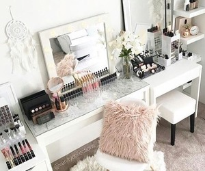 makeup, home, and make up image
