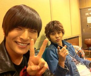 b2st, junhyung, and 2am image