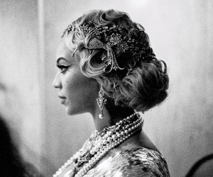 beyoncé, black and white, and queen bey image