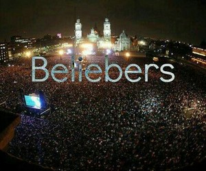 beliebers, justin bieber, and family image