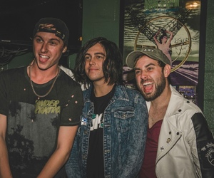 issues, kellin quinn, and sleeping with sirens image