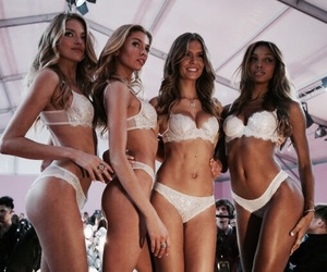 josephine skriver, martha hunt, and models image